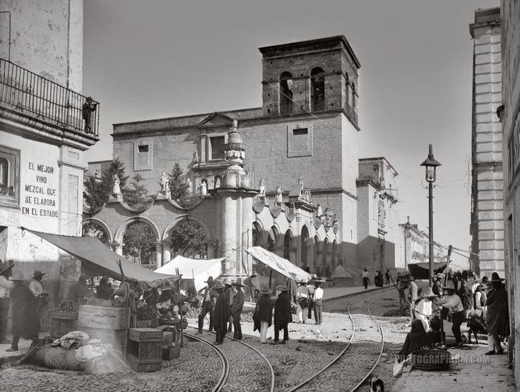 Foto antigua del Templo de la Merced en Guadalajara.
