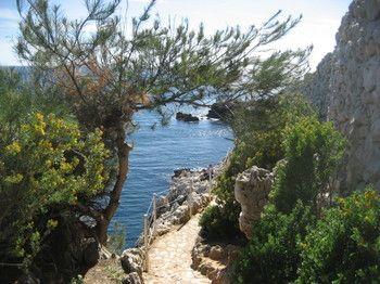 Cap-d'Antibes-hiking-trail-2