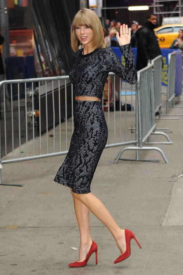 17 Best images about Fashion: Lace on Pinterest | Skirts, Zara and ...