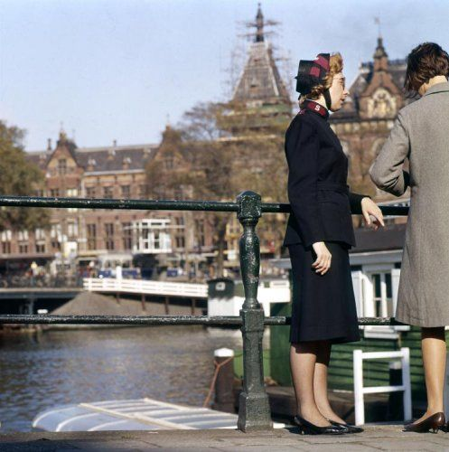 Leger des Heils. Een Leger des Heils-zuster in Amsterdam, Nederland 1965.