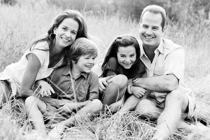 cute family pic in tall grass