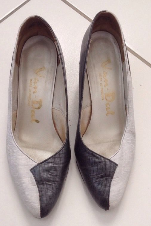VINTAGE 80s VAN DAL TWO TONE GREY SILVER COURT SHOES SLIP ON SIZE 4 #VanDal