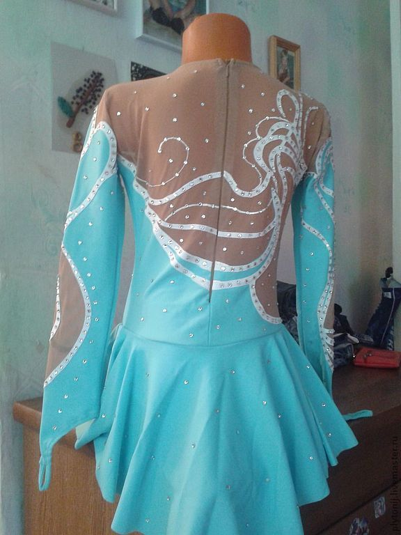 Блеск платья для фигурного катания