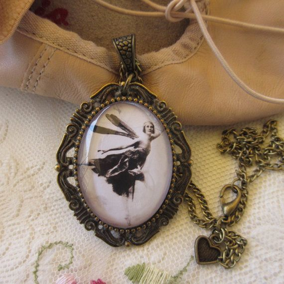 This is a feminine and whimsical classic Fairy Ballerina image set in a vintage frame!  Vintage jewelry is the trending thing this Spring -