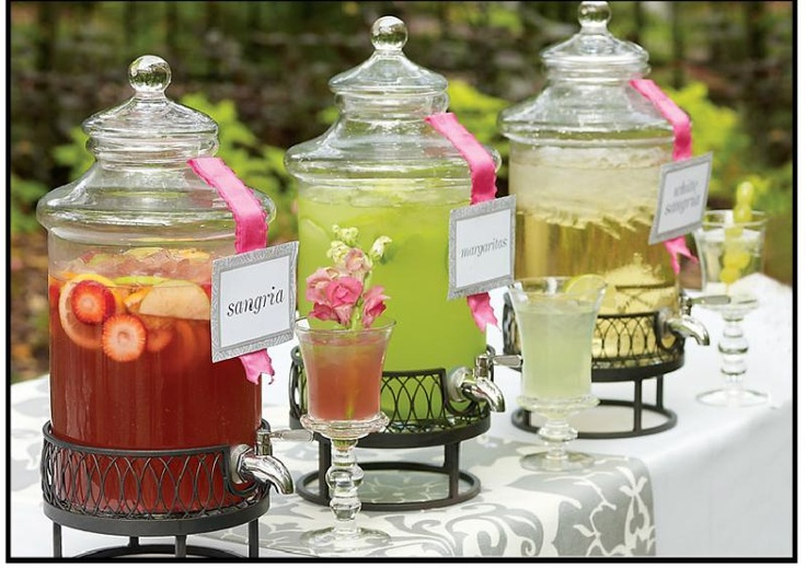Cocktail Wedding Ideas: Cocktail Hour Drink Station