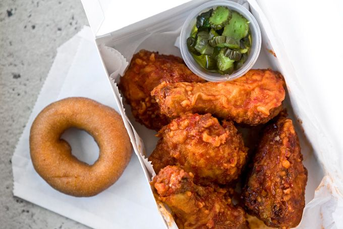 Roundup: Philadelphia Celebrates Super Bowl 2015 With Game Day Food-And-Drink Deals To Take Out Or Eat In