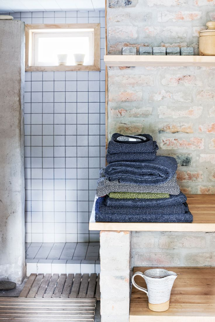 A pile of everyday luxury - bath towels in all natural linen-tencel! Woven in Finland by Lapuan Kankurit.