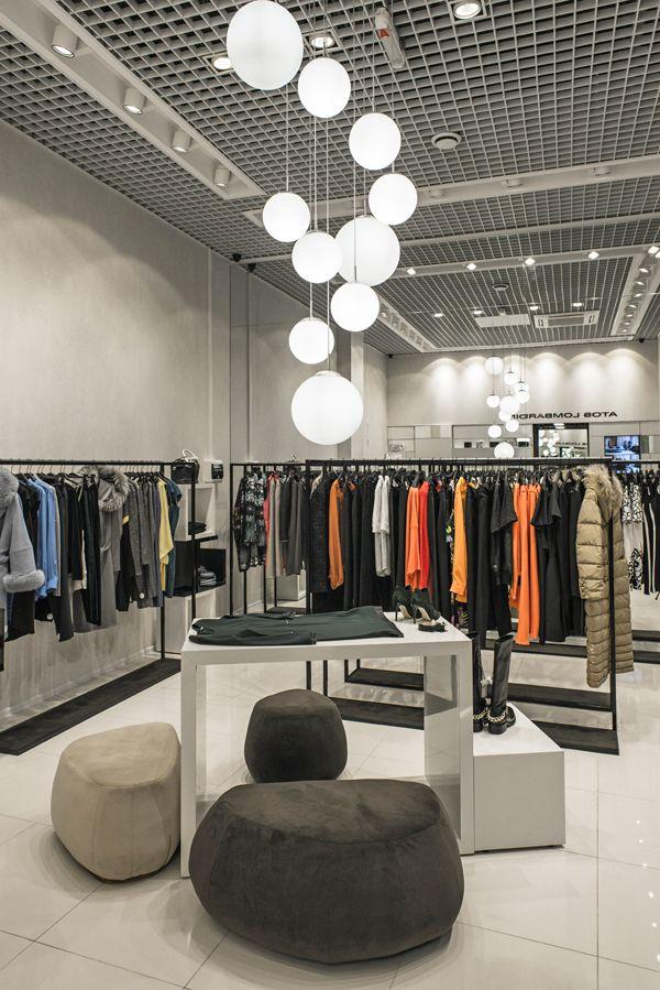 """Магазин женской одежды """"Atos Lombardini"""" / МДМ - Галерея #магазин #shop #stire #дизайн #интерьер #оборудование #манекен #мебель"""