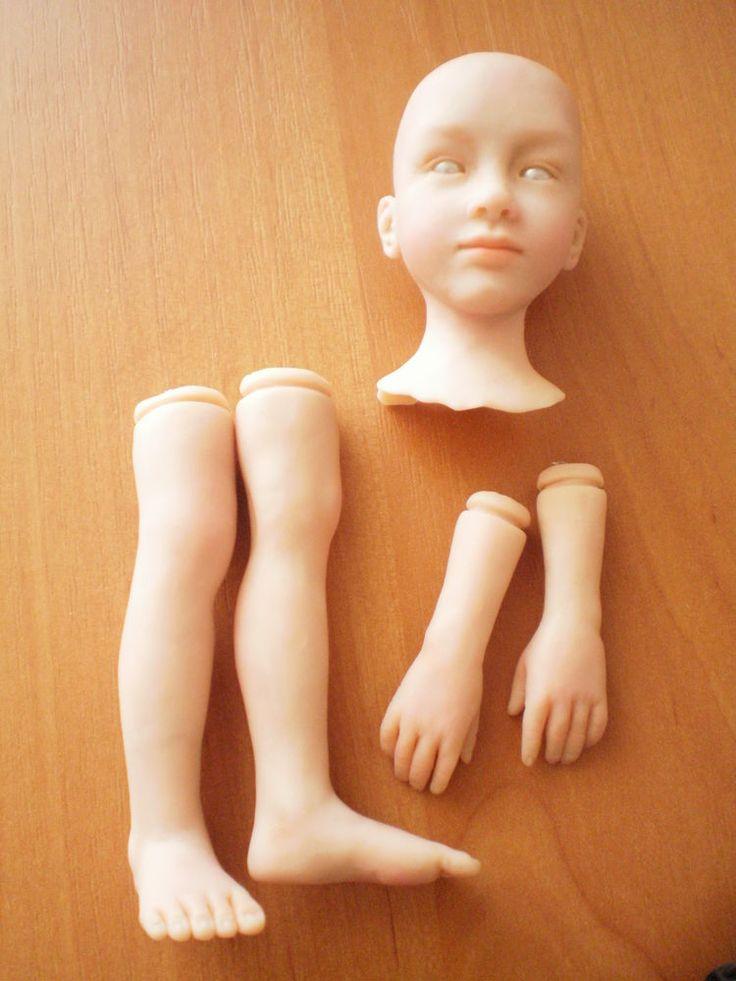 Хотелось бы показать вам основные этапы создания куклы из полимерной глины на проволочном каркасе. Знаю, что многим интересно наблюдать за творческим процессом, я сама всегда с удовольствием смотрю, как работают мастера. Поэтому хочется поделиться тем, как творю я. Это не мастер-класс, а скорее процесс, так как подробности лепки я не показываю. В кукольном деле я не новичок, занимаюсь этим 3…