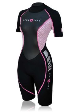 This travel specific ladies 2mm shorty has stylish graphics that compliment the rest of the Aqua Lung travel products.