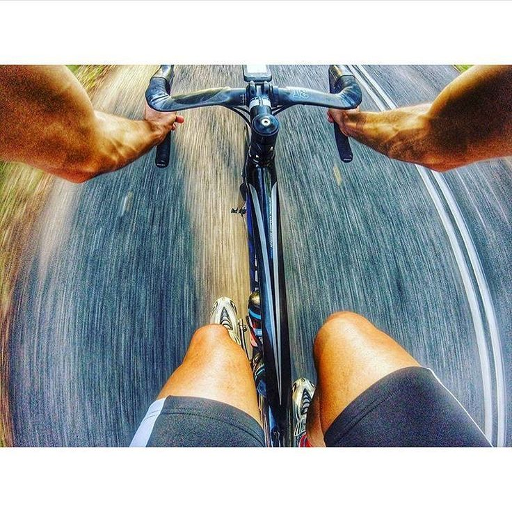 #outsideisfree #fromwhereiride #mtcootha #brisbane #gopro #goprocycling #swimbikerun #cycling #velo #triathlon  Via: @njosefski_tri  Tried to take some nice scenic shots of my descent down Mt Coot-Tha the other day....instead had 400 photos of this  #fail #goprofail ------------------------------------------------- #lightbro #roadbike #bikeporn#roadcycling #marathon #garminau #ffwd #trilife#ironman #ironmantri #triathlete#blacksheepcycling #strava #stravaphoto #aero#wymtm #bike
