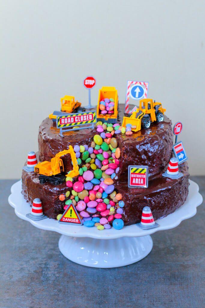 Bagger Torte Digger Cake City Cupcakes Kindergeburtstag Essen Kuchen Bagger Torte Bagger Kuchen