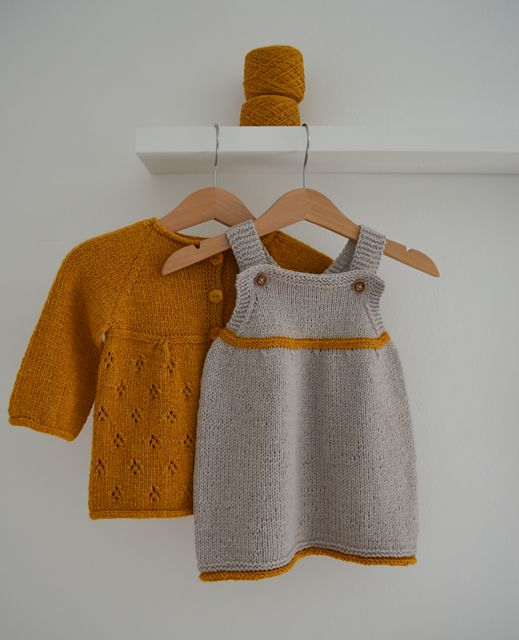 http://www.ravelry.com/patterns/library/kleid-2