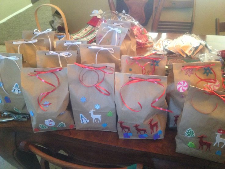 We Make Gift Bags Of Warm Accessories And Personal Hygiene