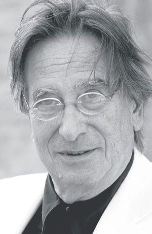Paolo Portoghesi Arquiteto Paolo Portoghesi é um arquiteto italiano, teórico, historiador e professor de arquitetura da Universidade La Sapienza em Roma.