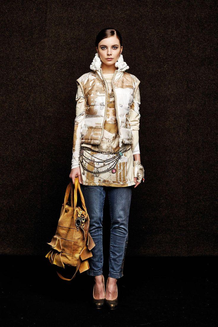 #danieladallavalle #collection #elisacavaletti #fw15 #white #sand  #jacket  #blue #denim #jeans #bag