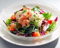 海鮮と生野菜の中華風サラダ岡山市の広東料理店 海華楼