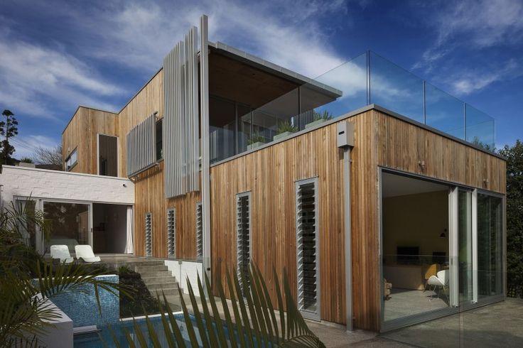 brown vujcich house 01 800x533 Brown Vujcich House by Bossley Architects