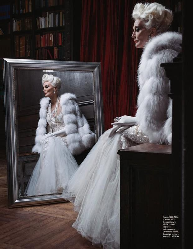 Supermodel Carmen dell'Orefice for L'OFFICIEL Azerbaijan...
