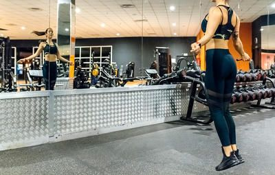 Check out the 8 fat-blasting cardio moves you can do when the treadmill is taken.