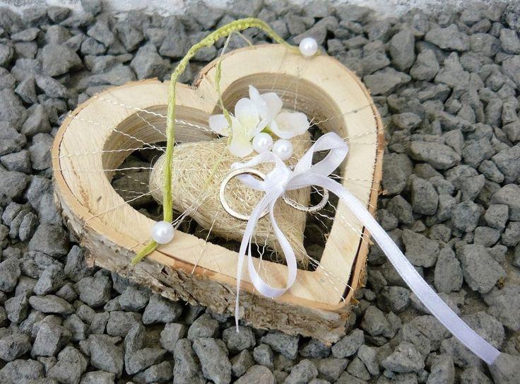 Ringkissen Ringhalter Herz 13 cm creme für Eheringe Hochzeit Liebe aus Holz