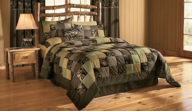 Love this camo quilt. You still get the camo feel but not so overpowering.Guest Room, Camo Quilt, Boys Bedrooms, Bedrooms Sets, Logs Cabin Bedrooms, Camo Patchwork, Beds Sets, Patchwork Quilt, Quilt Sets