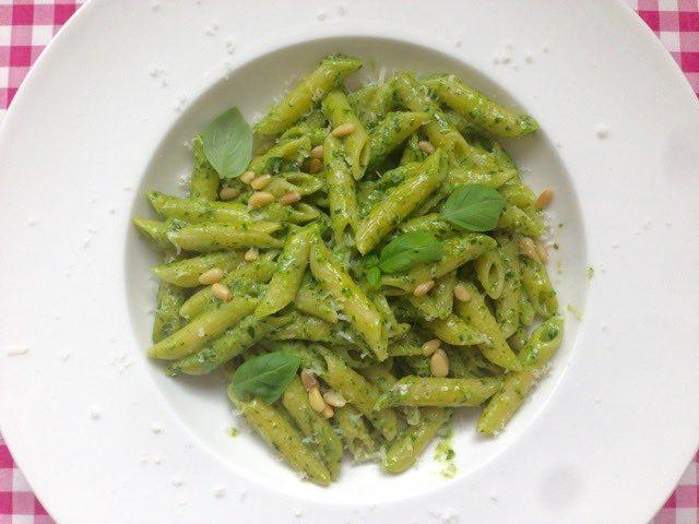 Pasta pesto met citroen | Dit lekkere recept vind je natuurlijk op Alles Over Italiaans Eten