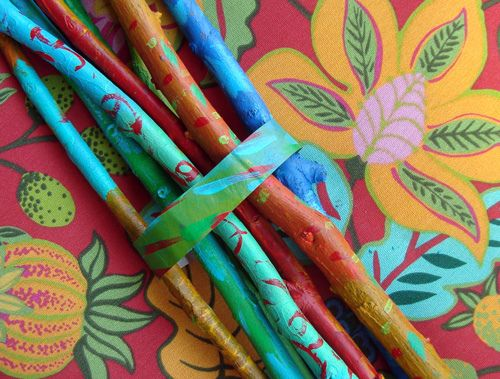 love the painted twigs!: Acrylic Painting, Painting Sticks, Painting Branches, Painting Bundle, Bundle Painting, Painting Twig, Eldest Daughters, Takjes Verven, Decor Painting