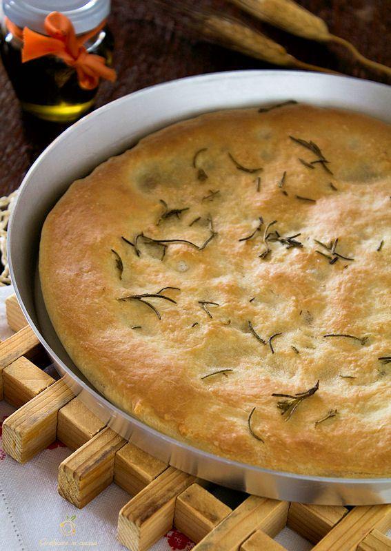 Focaccia con esubero pasta madre morbida da farcire http://blog.giallozafferano.it/graficareincucina/focaccia-con-esubero-pasta-madre-morbida-da-farcire/