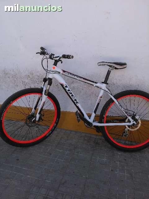 . biciclta trek en muy buen estado,freno de disco delantero y trasero, el trasero es hidraulico, se vende por no usarla en muy buen precio.