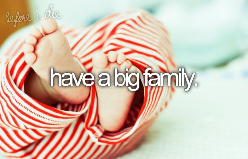 I want four kids first twins Hayden and Stacey then a boy macallister and than last a girl Lindsey