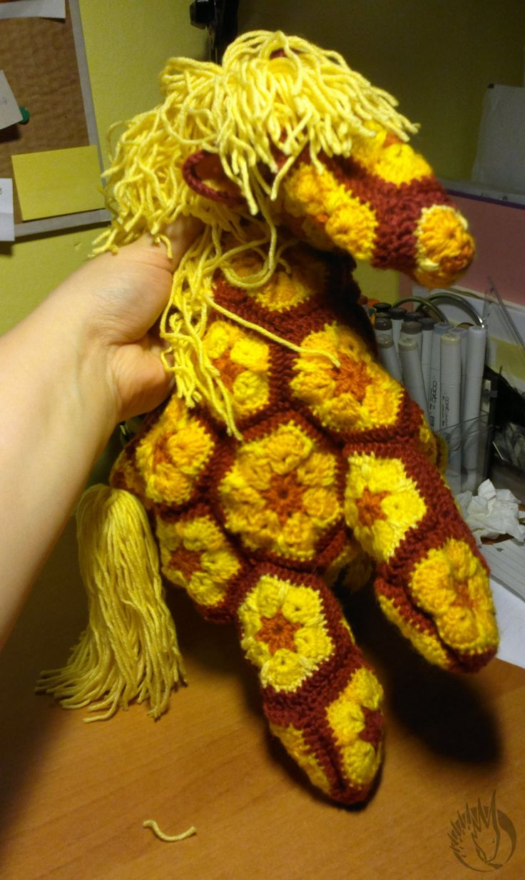 My first crochet horse (african flower).... before filling.