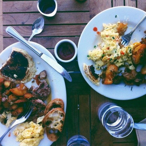 Breakfast at Plow SF was SO delicious. Still thinking of those crispy potatoes. #skhisandhers #sharefood #amazing #dinner