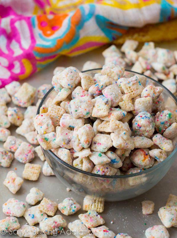 Cupcake Puppy Chow | White Chocolate Is A Big, Fat Lie