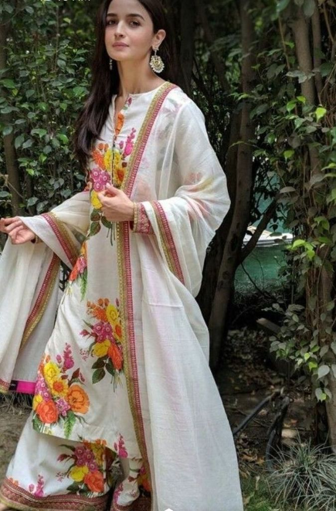 440db53009 Alia Bhatt Designer Muslin Digital Print Suit in 2019 | Suits ...