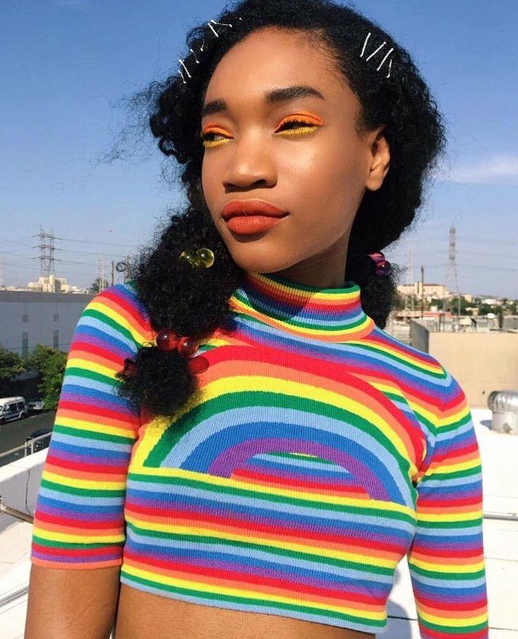 "glittervajayjayy: "" http://instagram.com/afro.vogue """