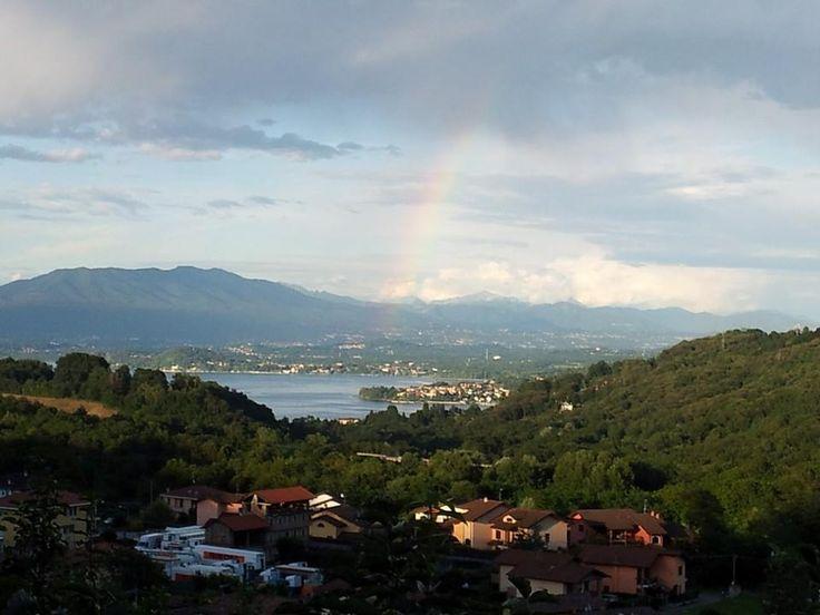 L'arcobaleno sul (nel) #lagoMaggiore da #Ghevio ( #Meina #Novara #Piedmont #Italy )