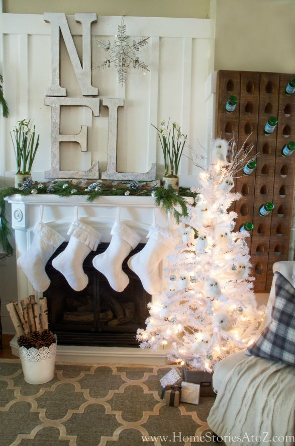 Noel Christmas mantel. From A to Z love this Noel with a snow flake for the O: