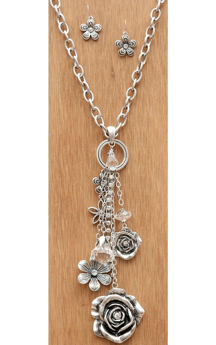 Wear N.E. Wear®️️️ Silver Chain with Flowers & Crystals Dangle Necklace #beading #beadedfun #beadinginspo #cbloggers #beadlove