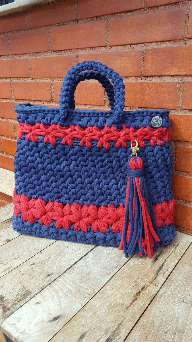 Bolsa feita em crochê fio de malha G | Croche fio de malha, Acessórios de crochê