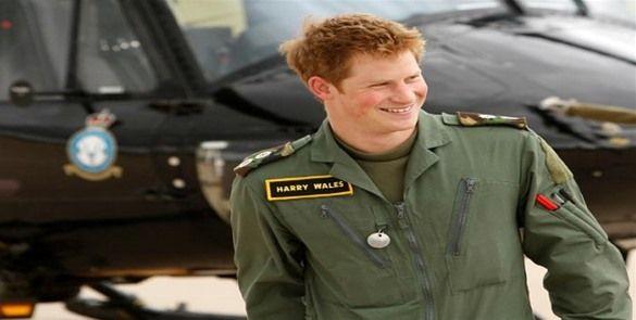 """Príncipe Enrique quedó """"destrozado"""" cuando lo retiraron de Afganistán"""