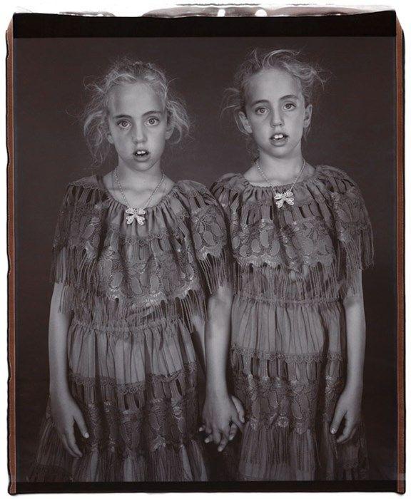 Photo : Mary Ellen Mark - Heather et Kelsey Dietrick, jumelles - 2002