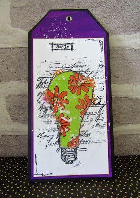 Light Bulb Tag By Gemma #artisticstamper #tags #lightbulb #flowers