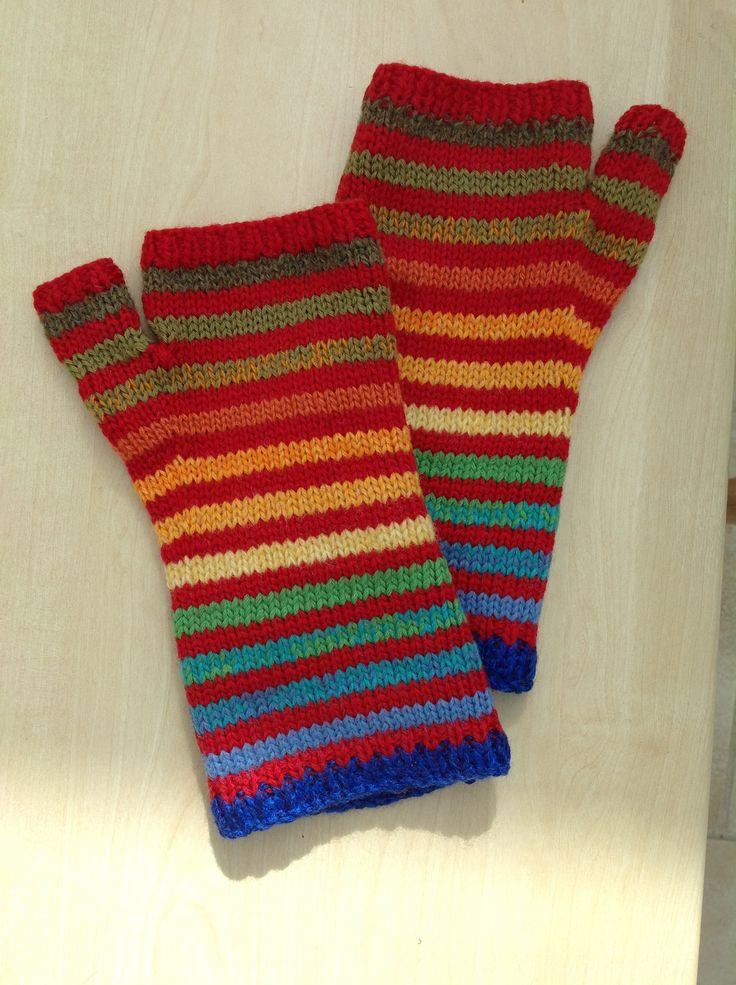Striped fingerless gloves.