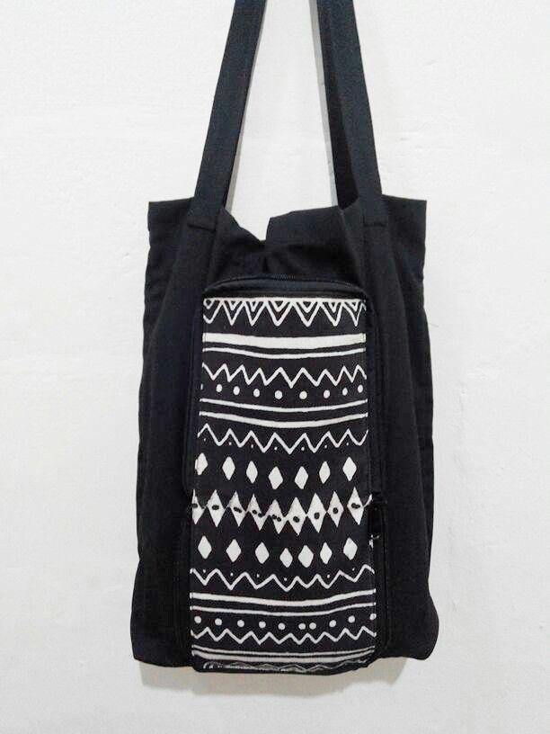 Foldinga bag. Black and White.   #foldingbag #navajo #tribal #canvas #native