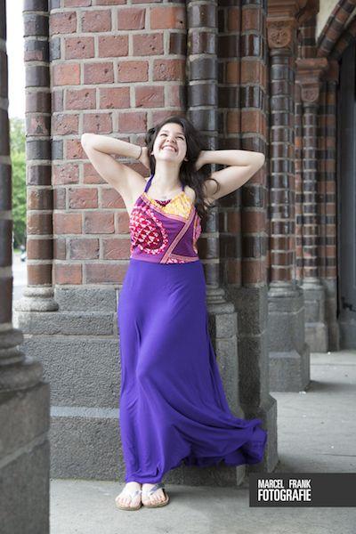 Das ärmerlose lange elegante luftige Sommerkleid Aimee ist mit echtem Stoff aus Ghana genäht und mein neues Afrika-Teil!