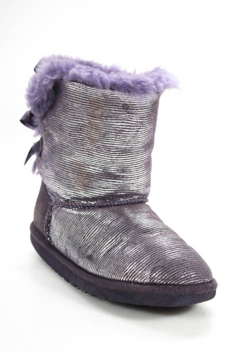 f685ffcb8c5 Ugg Childrens Girls Boots Size 5 Purple Bailey Bow Lizard Suede IN ...