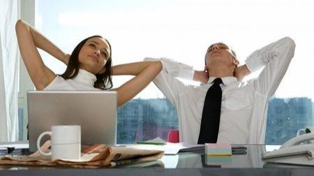 Ginnastica anticellulite: esercizi da scrivania