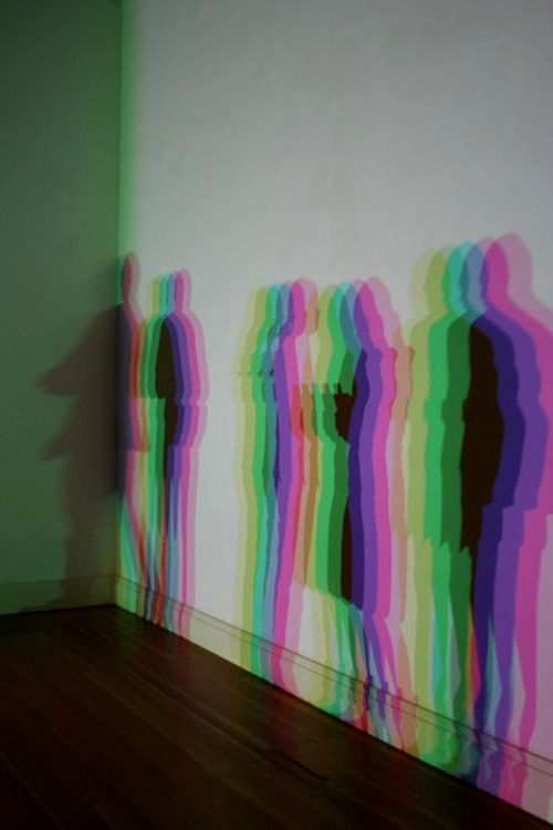 Olafur Eliasson, Slow Motion Shadow, 2009 (via http://referencescout.tumblr.com/post/19366683156/alecshao-olafur-eliasson-slow-motion)