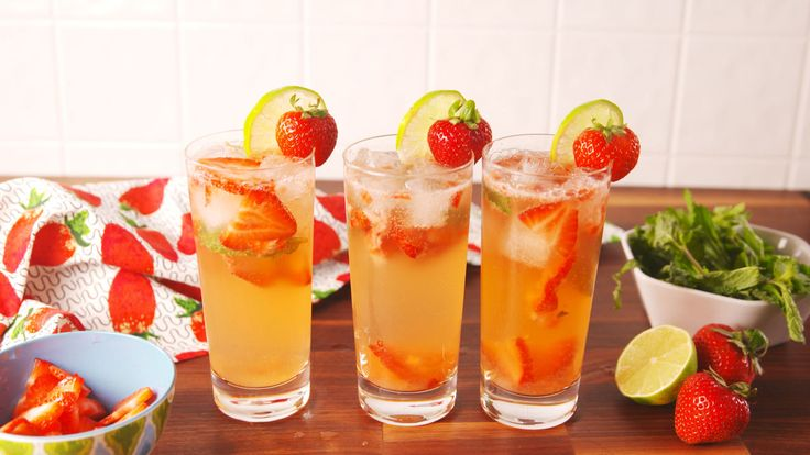 Skinny Strawberry Mojito  - Delish.com